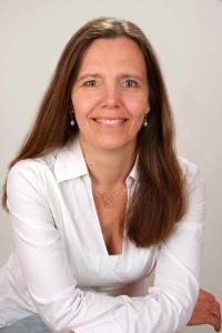 Alexandra Springer-Freytag: DHI Hypose-Master und -ausbilderin  - Hypnose Seminare in Berlin